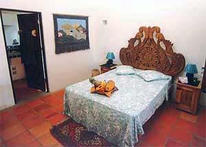 THE BLUE ROOM (Lower Villa)